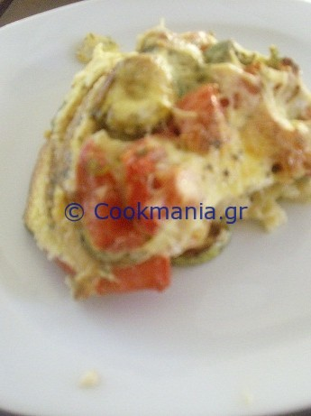 -σουφλέ-με-κολοκυθάκια-και-ντομάτα