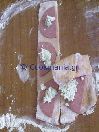 pull-apart-ντοματένιο-ψωμί-με-φέτα-και-μυρωδικά-1